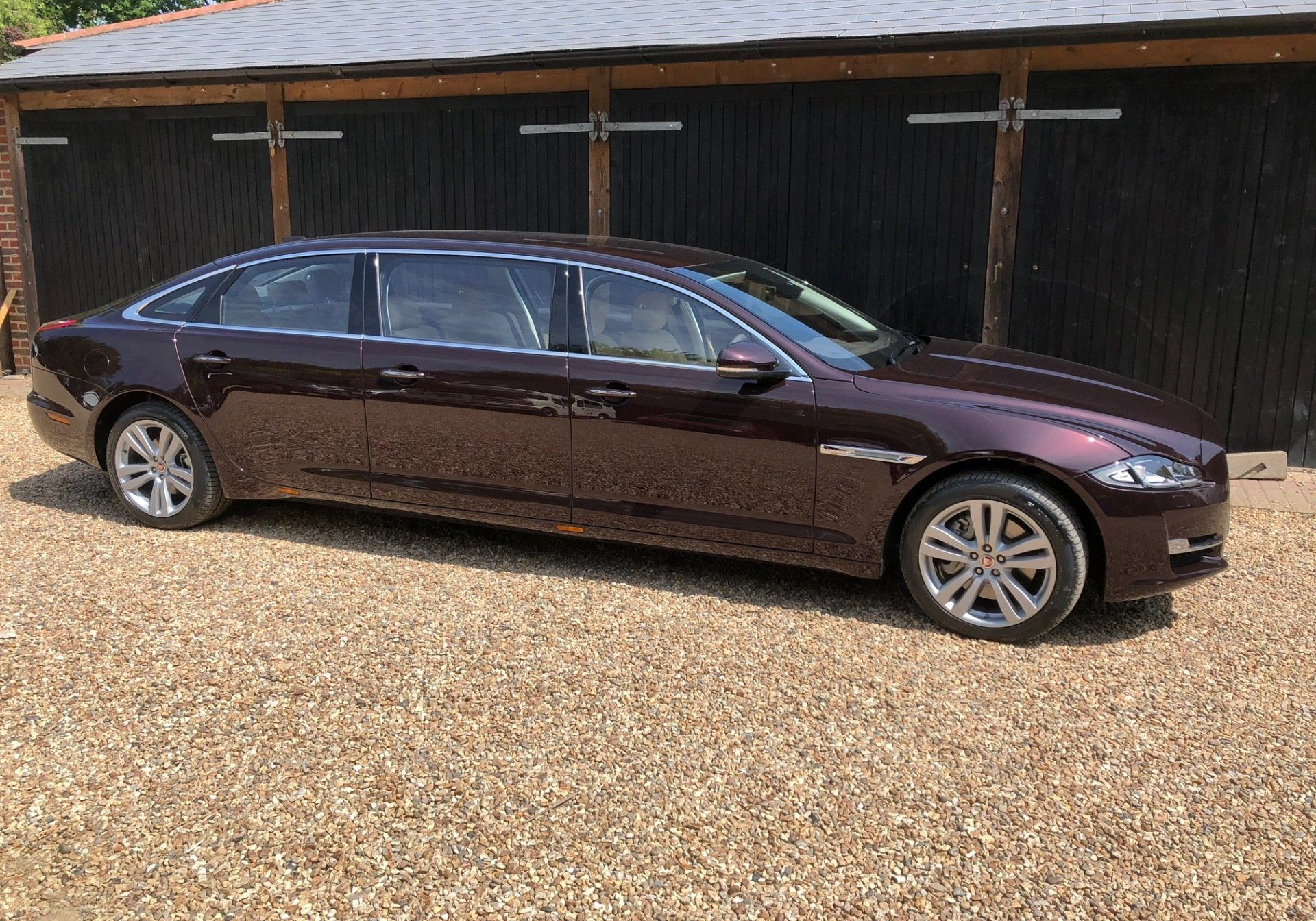 Chauffeur Driven Cars In Sussex